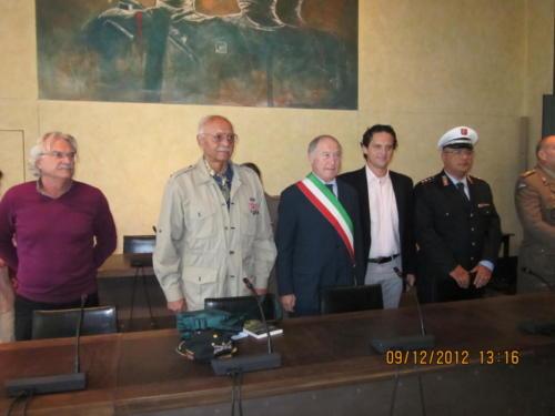 Meeting with officials at Pietrasanta