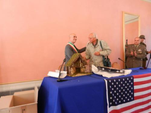 Receiving the Nativity Set in Bagni di Lucca