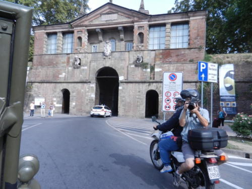 Entering the Walls of Lucca 2013