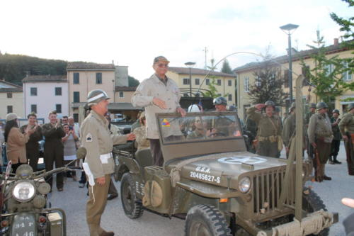 Celebrating the liberation of Ponte a Mariano